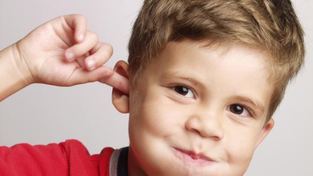 """Una otitis repetida en un niño es un mensaje de que algo no va bien """"en sus mayores"""""""